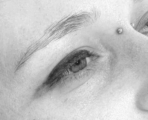 Jane's brows before feather tattoo at Perth Brown Lab